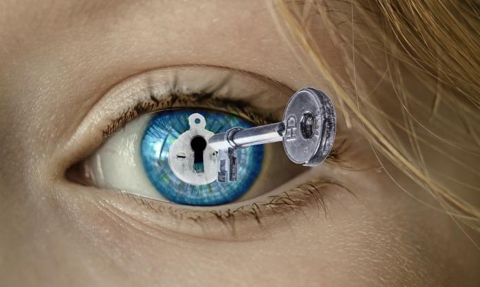 eye-2005661_1920
